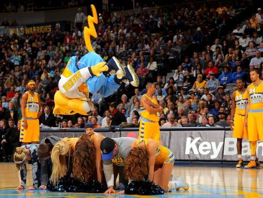 030513 nuggets mascot