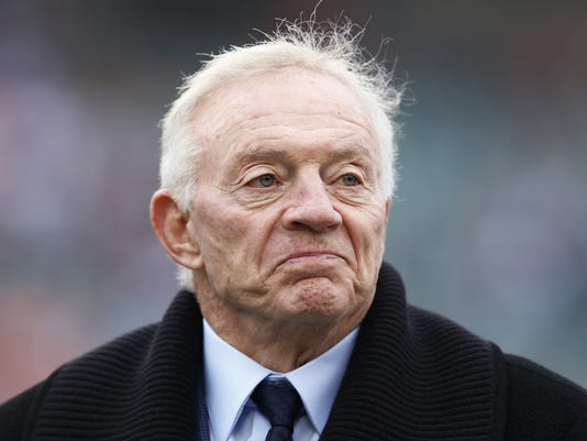 jerry-jones-3-9