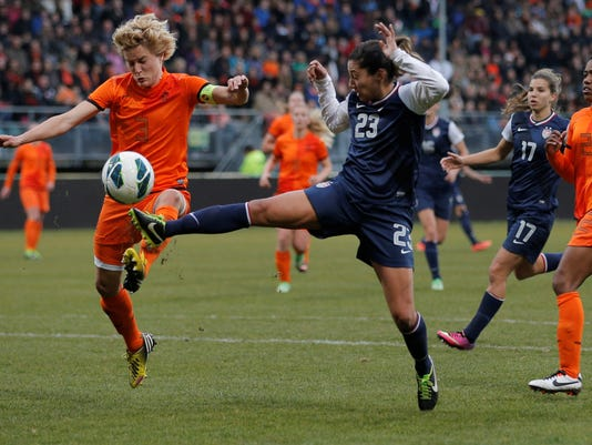 2013-4-9-christen-press-usa-soccer