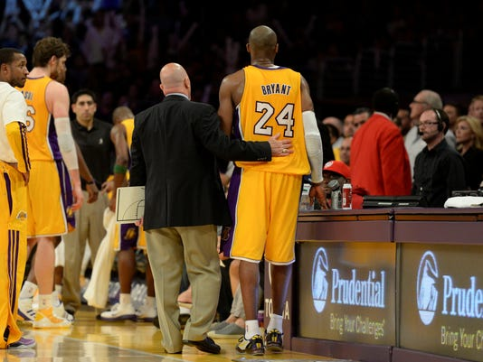 4-12-kobe-bryant-lakers-injury