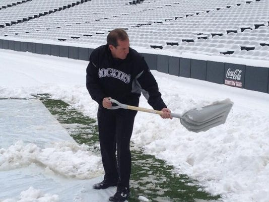 2013-rockies-monfort-shoveling