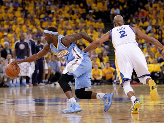 4-26-stephen-curry-warriors-nuggets