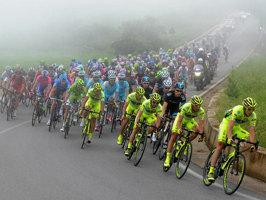 2013-5-7-giro-pack-fourth-stage