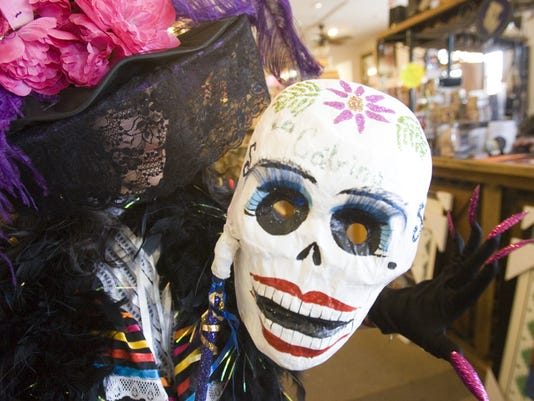 DAYOFTHEDEAD 112811