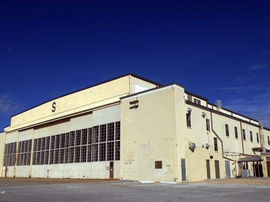 nasa hangar s