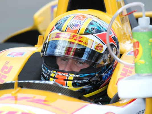 5-12-13-ryan hunter-reay-practice