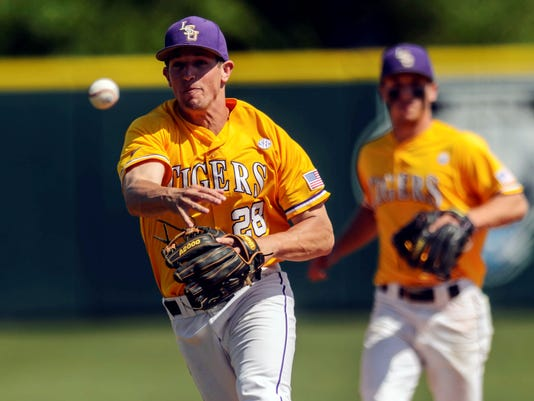 052113-lsu-baseball-file