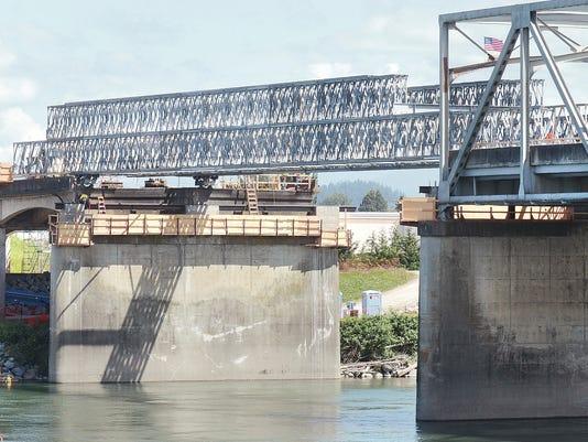 bridge collapse column