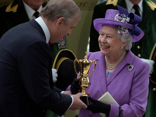 Queen Elizabeth II wins Gold Cup