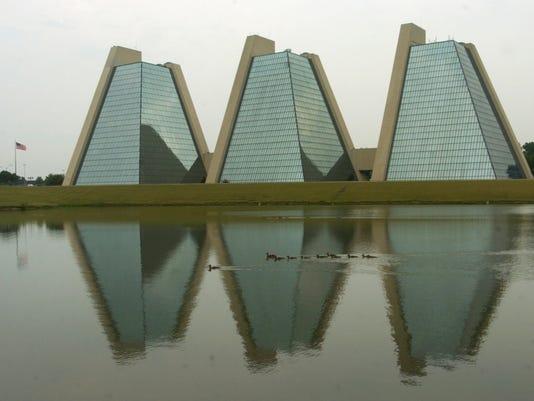 063005 pyramids office building