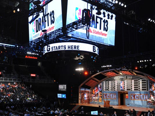 2013-06-28-nba-draft-move-back