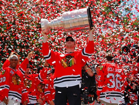 2013-06-30-bryan-bickell-cup