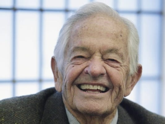 IMG THOMAS BERRY BRAZELTON, American Pediatrician, Author