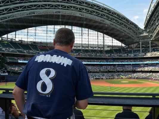 USP MLB: San Diego Padres at Milwaukee Brewers