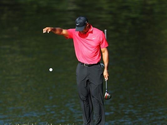 2013-5-21 Tiger Woods drop at Players