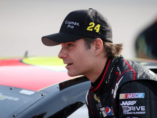 7-25-13-jeff gordon-brickyard-lights