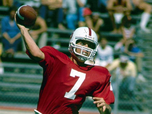 1982-10-01-john-elway-stanford-football