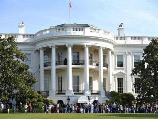Obama Tour Of White House