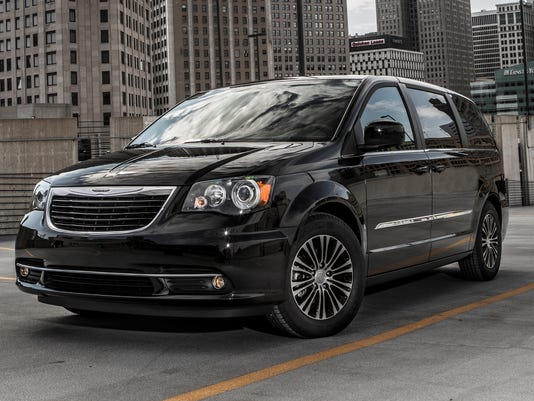 you read this right chrysler has a stylish minivan. Black Bedroom Furniture Sets. Home Design Ideas