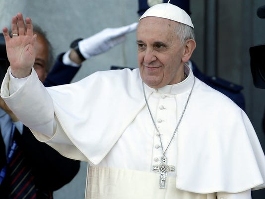 Pope names advisers to revamp Vatican bureaucracy