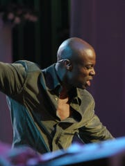 Kem at the Detroit Opera House in 2004.