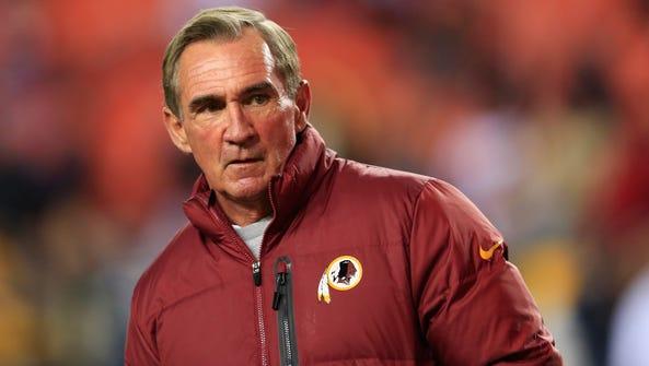 Head coach Mike Shanahan of the Washington Redskins