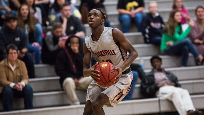 Powdersville's Qushawn Brown drives the ball to the hoop for a two-pointer Wednesday in Starr.