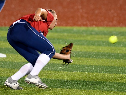 Shelby Pendley of the USSSA Pride fields a grounder during Friday's game at Space Coast Stadium.