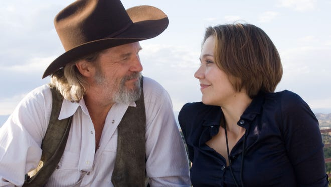 """Jeff Bridges, left, and Maggie Gyllenhaal star in """"Crazy Heart,"""" airing at 8 p.m. on CMT."""