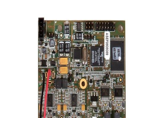 4 2 PCB - Closeup 1