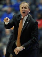 Tennessee head coach Rick Barnes yells instructions