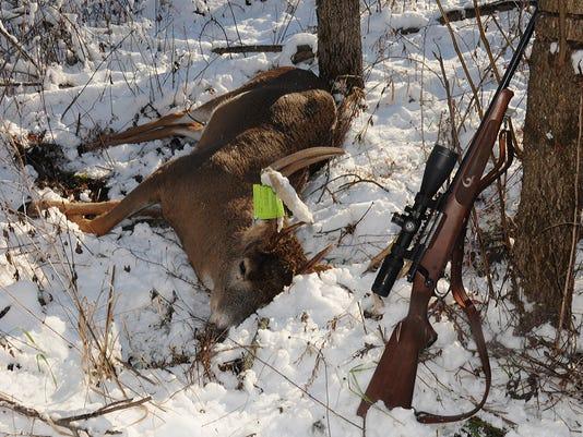635853591112302862-DeerSeasonRecap2015-4.jpg