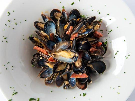 Mussels with chorizo, white wine and chili