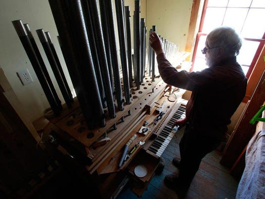 Organ-Builder_Eley.jpg