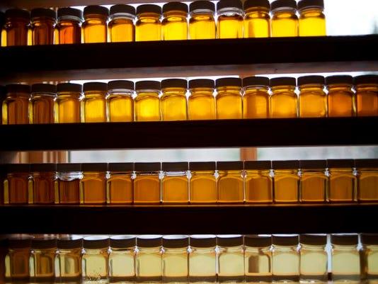 -BUR 0410 syrup C8.jpg_20130410.jpg