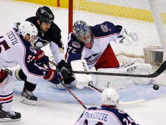 Blue Jackets Penguins Hockey (2)