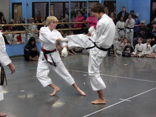STC 1216 CT Karate.jpg