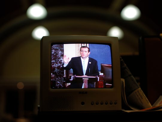 AP Budget Battle Cruz_001