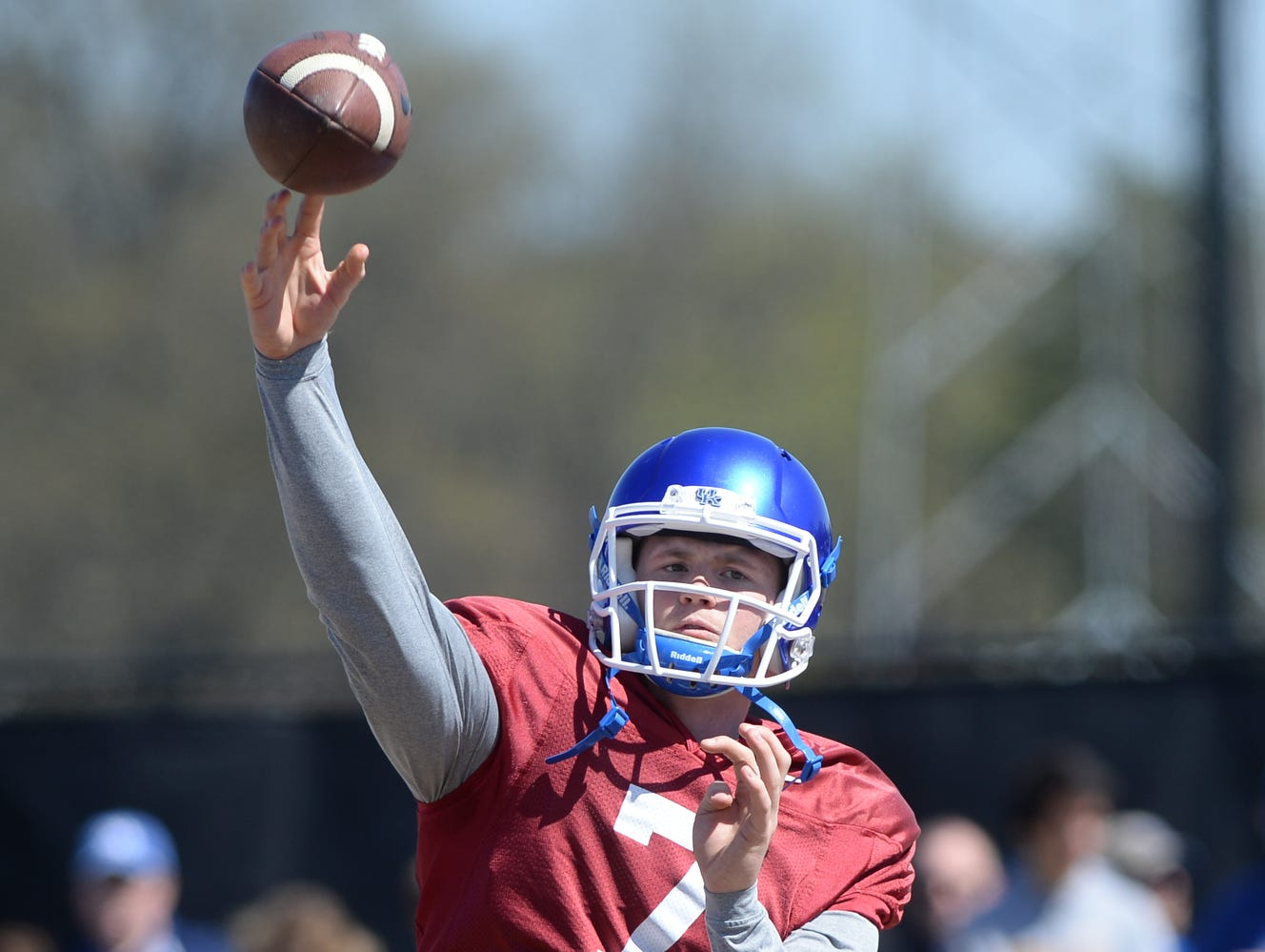 Redshirt freshman QB Drew Barker throws during the Kentucky football scrimmage on Saturday, April 11, 2015.