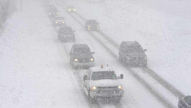 A winter storm warning is in effect until 1 a.m. Wednesday. 6 to 10 inches of snow are forecast to fall on the Lansing area.