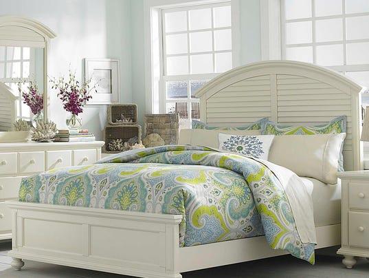 636531043285385375-pantone-verdure-broyhill-furniture.jpg