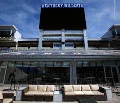 Kentucky football beats SEC powers for Alabama lineman Joshua Jones