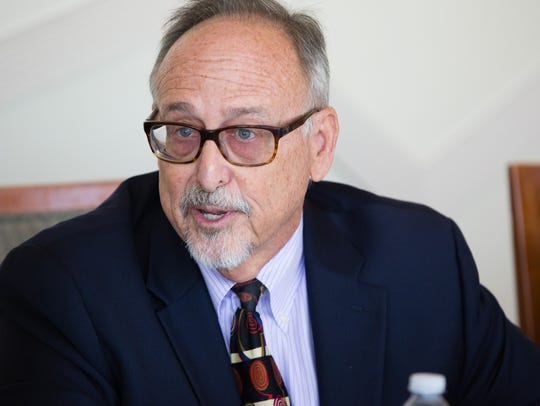 Les Zendle meets with the Desert Sun Editorial Board