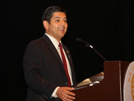 Congressman Raul Ruiz expresses his appreciation for the Police and Fire Departments at the Palm Springs Police and Fire Awards luncheon April, 18, 2017.