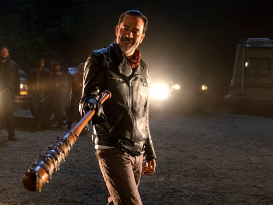 walking dead resumes shooting season 8 after stuntman s death