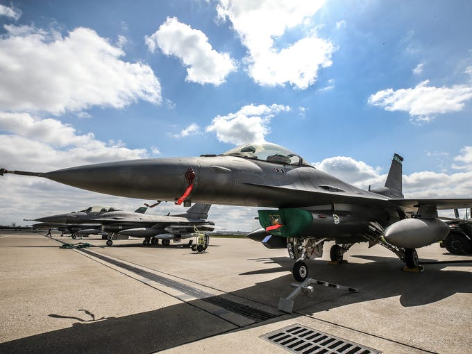 F-16s arrive at Kentucky Air National Guard on Thursday