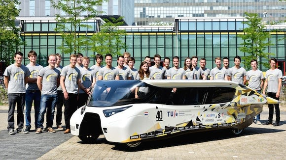 This solar car can travel 600 miles and looks like a submarine