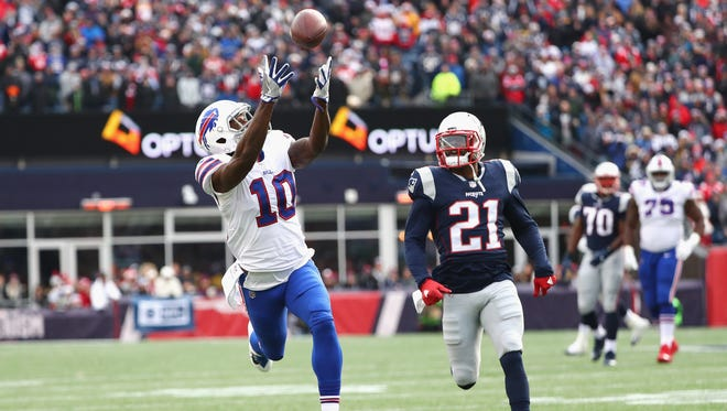 FOXBORO, MA - DECEMBER 24: Deonte Thompson #10 of the Buffalo Bills catches a pass as he is defended by Malcolm Butler #21 of the New England Patriots during the second quarter of a game at Gillette Stadium on December 24, 2017 in Foxboro, Massachusetts.  (Photo by Tim Bradbury/Getty Images)