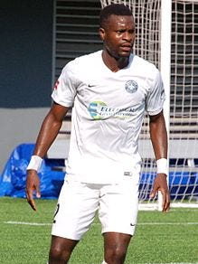 Former UWF standout Richard Dixon plays in an undated match for St. Louis FC.