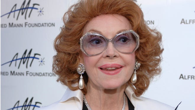 Actress Jayne Meadows arrives for the 3rd annual Alfred Mann Foundation Innovation and Inspiration Gala held in Beverly Hills, California on Sept. 9, 2006.